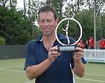 Jeremy Bates with The Elemis Invitational Trophy. The Elemis Invitational Trophy 2008  © Ian Cook IJC Photography iancook@ijcphotography.co.uk www.ijcphotography.co.uk