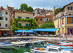 Croatia, Kvarner Gulf, Opatija, district Volosko: picturesque harbour at Opatija Riviera | Kroatien, Kvarner Bucht, Opatija, Ortsteil Volosko: malerischer Hafen an der Opatija Riviera