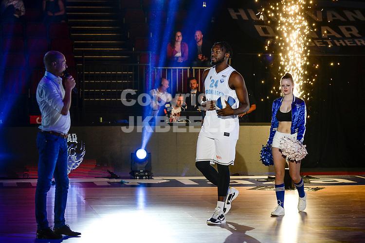 GRONINGEN - Basketbal , Open Dag met Donar - Antwerp Giants , voorbereiding seizoen 2021-2022, 05-09-2021, presentatie Donar speler Lotanna Nwogbo