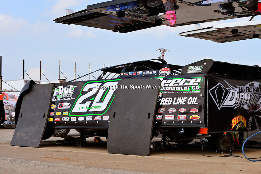 May 22, 2014; 4:20:11 PM; Wheatland, Mo., USA; The  Lucas Oil Late Model Dirt Series running the 22nd Annual Lucas Oil Show-Me 100 Presented by ProtectTheHarvest.com.  Mandatory Credit: (thesportswire.net)