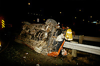 Toronto (on) CANADA - File Photo between 1991 and 1995 -  Montreal firemen at work - car accident