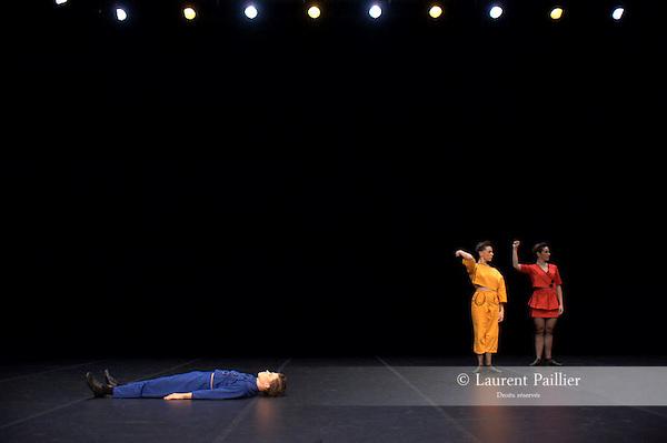 Marché noir d'Angelin PRELJOCAJ<br /> Prix du ministère de la Culture, 1985<br /> Durée : 10 minutes<br /> Distribution - 1985<br /> Interprètes : Angelin PRELJOCAJ, Catherine BEZIEX, Nuch<br /> Musique : Giuseppe VERDI, Marc KHANNE<br /> Costumes : Annick GONCALVES<br /> Lumières : Jacques CHATELET<br /> Distribution - 2009<br /> Pièce remontée par Sylvia BIDEGUAIN<br /> Interprètes : Marie BARBOTTIN, Benjamin DUR, Léa LANSADE<br /> 12/2009 au CND de Pantin<br /> © Laurent Paillier<br /> All rights reserved
