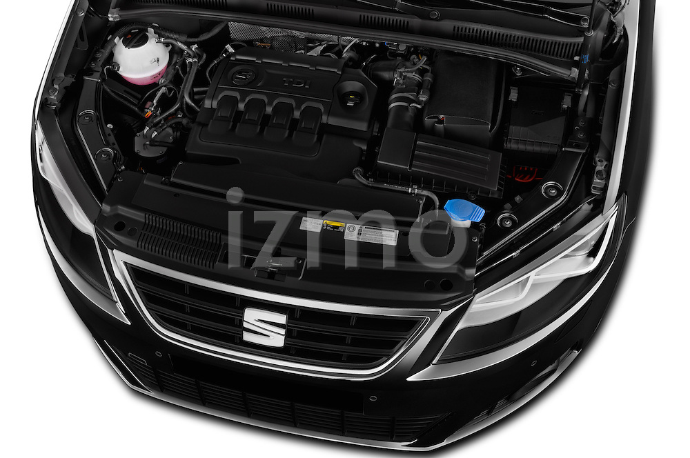 Car Stock 2016 Seat Alhambra Style Advance 5 Door Minivan Engine  high angle detail view