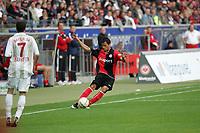 Flanke von Aaron Galindo (Eintracht Frankfurt)