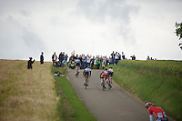the breakaway group only has about 30 seconds on the peloton when they reach the Gulperberg<br /> <br /> Ster ZLM Tour<br /> stage 3: Buchten-Buchten (190km)