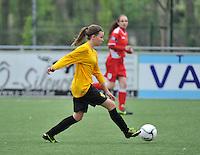 Lierse U16 - Standard de Liege U16 : Sari Hendrickx.foto DAVID CATRY / Nikonpro.be