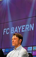 28.04.2018, Football 1. Bundesliga 2017/2018, 32.  match day, FC Bayern Muenchen - Eintracht Frankfurt, in Allianz-Arena Muenchen. Trainer Niko Kovac (Eintracht Frankfurt) auf PK . *** Local Caption *** © pixathlon<br /> <br /> +++ NED out !!! +++<br /> Contact: +49-40-22 63 02 60 , info@pixathlon.de