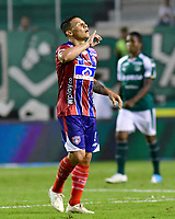 PALMIRA-COLOMBIA, 19-02-2019: Luis Carlos Arias de Unión Magdalena, celebra el gol anotado a Deportivo Cali, durante partido de la fecha 5 entre Deportivo Cali y Unión Magdalena, por la Liga Aguila I 2019, jugado en el estadio Deportivo Cali (Palmaseca) en la ciudad de Palmira. / Luis Carlos Arias of Union Magdalena, celebrates a scored goal to Deportivo Cali, during a match of the 5th date between Deportivo Cali and Union Magdalena, for the Liga Aguila I 2019, at the Deportivo Cali (Palmaseca) stadium in Palmira city. Photo: VizzorImage  / Nelson Ríos / Cont.