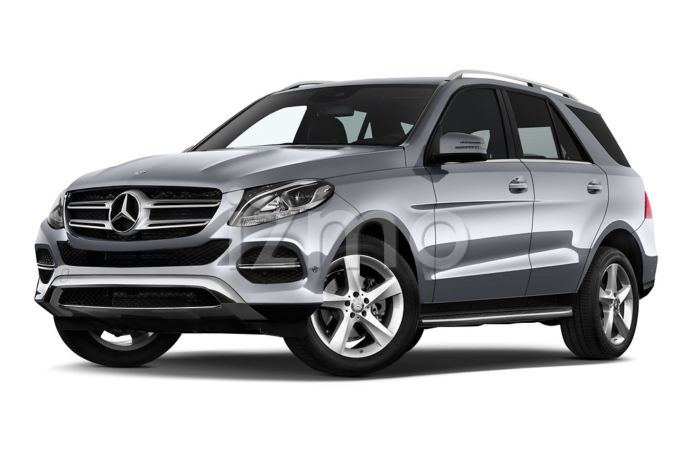 Stock pictures of low aggressive front three quarter view of a 2018 Mercedes Benz GLE Base 5 Door SUV