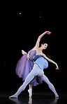 IN THE NIGHT....Choregraphie : ROBBINS Jerome..Mise en scene : ROBBINS Jerome..Compositeur : CHOPIN Frederic..Compagnie : Ballet de l Opera National de Paris..Lumiere : TIPTON Jennifer..Costumes : DOWELL Antony..Avec :..PAGLIERO Ludmila..BELINGARD Jeremie..Lieu : Opera Garnier..Ville : Paris..Le : 20 04 2010..© Laurent PAILLIER / photosdedanse.com