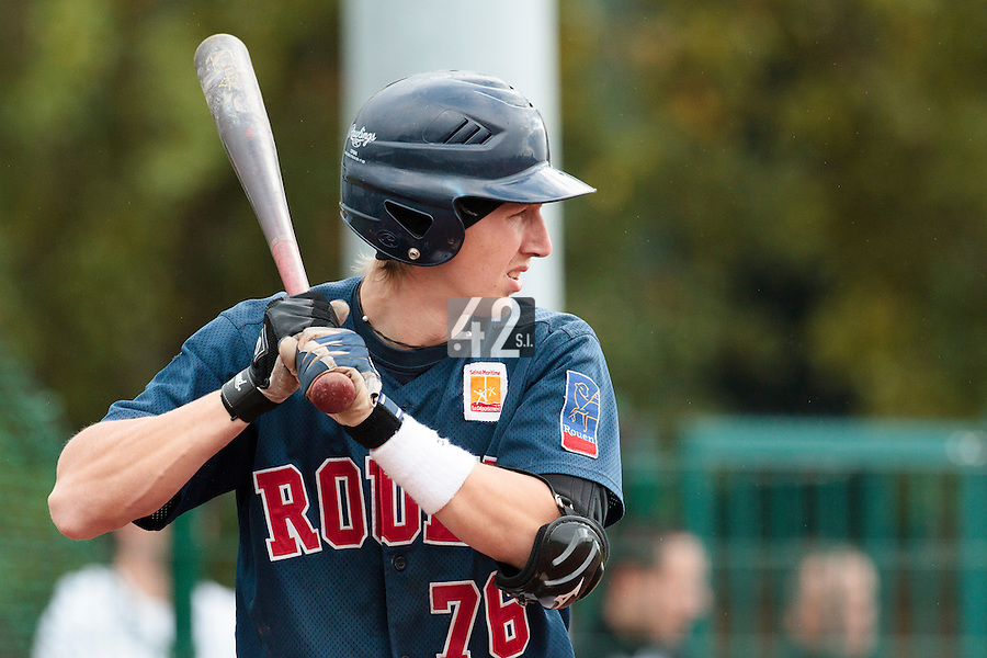 16 October 2010: Luc Piquet of Rouen is seen at bat during Rouen 16-4 win over Savigny, during game 1 of the French championship finals, in Savigny sur Orge, France.