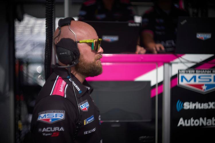 #60: Meyer Shank Racing w/Curb-Agajanian Acura DPi, DPi: crew