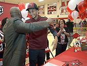 Isaiah Joe signs with Arkansas
