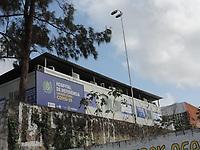 Olinda (PE), 31/03/2021 - Em meio à abertura de leitos para pacientes infectados pelo novo coronavírus em Pernambuco, a Secretaria Estadual de Saúde usou contêineres para abrigar novas Unidades de Terapia Intensiva (UTIs) na Maternidade Brites de Albuquerque, em Olinda. Nesta quarta-feira (31), havia, pelo menos, 14 contêineres instalados no estacionamento desse hospital de referência para a Covid-19. Foi inaugurado domingo, mas ja estão todos ocupados.