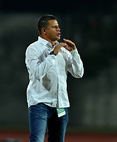 ITAGÜI - COLOMBIA, 30-07-2018: Juan Carlos Álvarez, técnico de Leones, durante el partido entre Leones F.C. y Alianza Petrolera, de la fecha 2 por la Liga Águila II 2018, jugado en el Metropolitano Ciudad de Itagüi-Ditaires de la ciudad de Itagüi. / Juan Carlos Alvarez, coach of Leones, during match between Leones F.C. and Alianza Petrolera, of the 2nd date for the Aguila League II 2018, played at Metropolitano Ciudad de Itagüi-Ditaires stadium in Itagüi city. Photo: VizzorImage/ León Monsalve / Cont.