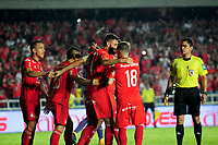 CALI -COLOMBIA, 01-11-2017: Diego Herner (#4) jugador de América Cali celebra después de anotar el segundo gol de su equipo a Independiente Medellin durante partido por la fecha 18 de la Liga Águila II 2017 jugado en el estadio Pascual Guerrero de la ciudad de Cali. / Diego Herner (#4) player of America de Cali celebrates after scoring the second goal of his team to Independiente Medellin during match for the date 18 of the Aguila League II 2017 played at Pascual Guerrero stadium in Cali. Photo: VizzorImage / Nelson Rios / Cont