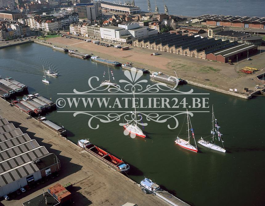 September 1998. Kattendijkdok in Antwerpen.