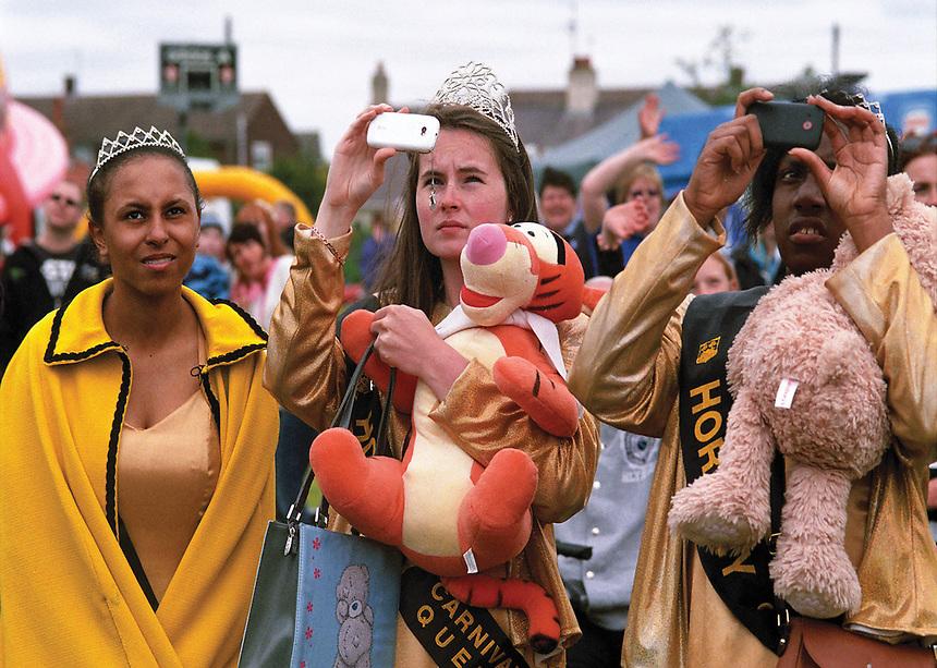 Hornsey Canival Queen Lauren Black Princess Elijaye Dankwa-Brown (left) & Princess Paris Minta.
