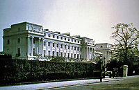Cumberland Terrace, designed by John Nash, 1826. Regents Park, London. Neo-classical style. 31 imposing houses.