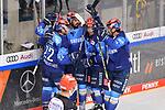 Torjubel beim ERC Ingolstadt nach dem 2:1 durch Mirko Höfflin (Nr.10 - ERC Ingolstadt), Tim Wohlgemuth (Nr.33 - ERC Ingolstadt), Frederik Storm (Nr.9 - ERC Ingolstadt), Morgan Ellis (Nr.4 - ERC Ingolstadt) und Mathew Bodie (Nr.22 - ERC Ingolstadt) freuen sich mit ihm  beim Spiel im Halbfinale der DEL, ERC Ingolstadt (dunkel) - Eisbaeren Berlin (hell).<br /> <br /> Foto © PIX-Sportfotos *** Foto ist honorarpflichtig! *** Auf Anfrage in hoeherer Qualitaet/Aufloesung. Belegexemplar erbeten. Veroeffentlichung ausschliesslich fuer journalistisch-publizistische Zwecke. For editorial use only.