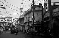 12.2010 Varanasi (Uttar Pradesh)<br /> <br /> Street scene.<br /> <br /> Scène de rue.
