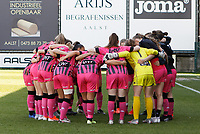 teambuilding moment of Charleroi pictured before a female soccer game between Eendracht Aalst and Sporting Charleroi on the third matchday of play off 2 of the 2020 - 2021 season of Belgian Scooore Womens Super League , Saturday 24 th of April 2021  in Aalst , Belgium . PHOTO SPORTPIX.BE | SPP | KRISTOF DE MOOR