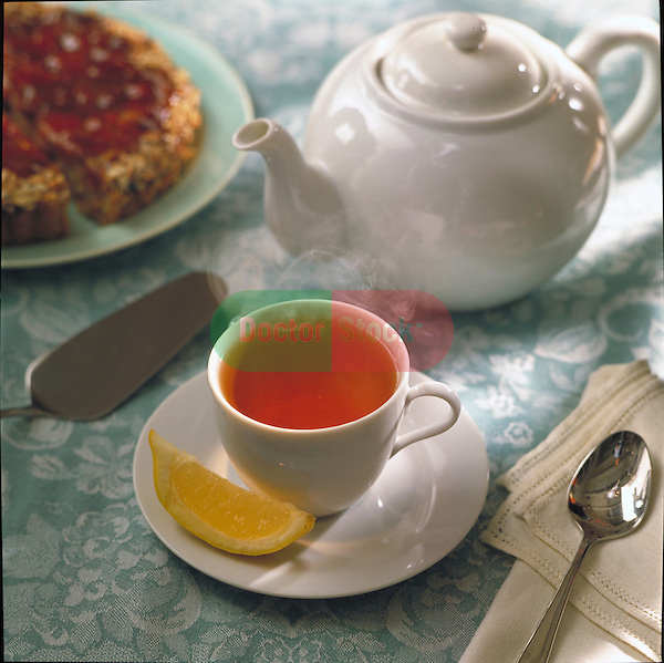 tea with lemon and raspberry tart