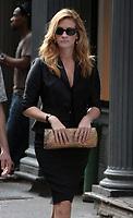 New York 8-20-2009<br /> Julia Roberts on the Eat Pray Love movie set<br /> Photo By John Barrett/PHOTOlink.net