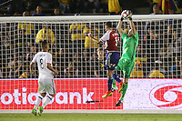 Pasadena, CA - Tuesday June 07, 2016: Paraguay defender Bruno Valdez (5) and Colombia goalkeeper David Ospina (1) during a Copa America Centenario Group A match between Colombia (COL) and Paraguay (PAR) at Rose Bowl Stadium.