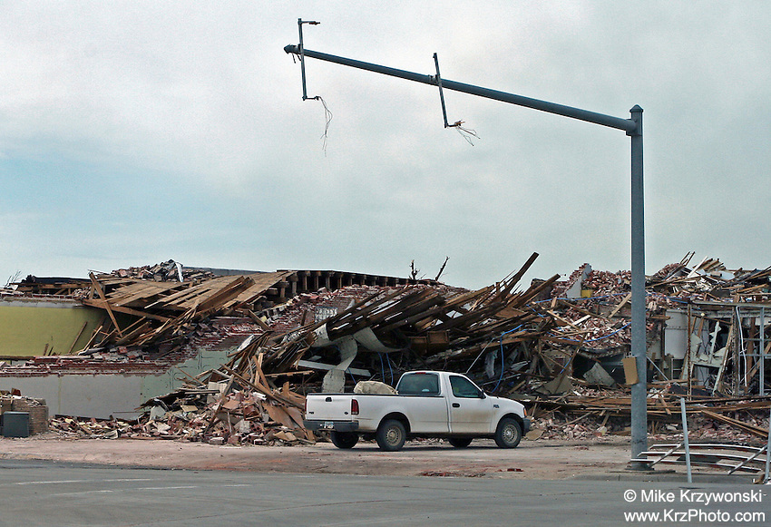 Traffic lights blown away from F5 tornado in Greensburg, KS, May, 2007