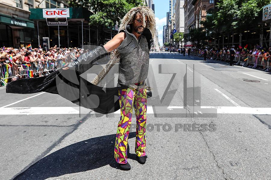 NEW YORK, EUA, 25.06.2017 - PARADA-NEW YORK - Participantes durante a Parada do Orgulho LGBT na cidade de New York nos Estados Unidos neste domingo, 25. (Foto: Vanessa Carvalho/Brazil Photo Press)