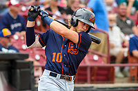 Bowling Green Hot Rods shortstop Taylor Walls (10) warms up in the on deck circle during a Midwest League game against the Wisconsin Timber Rattlers on July 22, 2018 at Fox Cities Stadium in Appleton, Wisconsin. Bowling Green defeated Wisconsin 10-5. (Brad Krause/Four Seam Images)