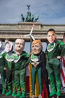 """Die Umweltschutz- und Kampagnenorganisationen Greenpeace, campact! und Avaaz protestierten am Dienstag den 19. Mai 2015 vor dem """"Petersberger Klimadialog"""" gegen die Kohlepolitik der Industrienationen. Zu dem Treffen kamen Diplomaten aus 35 Nationen, sowie der franzoesische President Francois Hollande und  Bundeskanzlerin Angela Merkel.<br /> Die Demonstranten forderten den Ausstieg aus der Kohle- und Atomkraft.<br /> 19.5.2015, Berlin<br /> Copyright: Christian-Ditsch.de<br /> [Inhaltsveraendernde Manipulation des Fotos nur nach ausdruecklicher Genehmigung des Fotografen. Vereinbarungen ueber Abtretung von Persoenlichkeitsrechten/Model Release der abgebildeten Person/Personen liegen nicht vor. NO MODEL RELEASE! Nur fuer Redaktionelle Zwecke. Don't publish without copyright Christian-Ditsch.de, Veroeffentlichung nur mit Fotografennennung, sowie gegen Honorar, MwSt. und Beleg. Konto: I N G - D i B a, IBAN DE58500105175400192269, BIC INGDDEFFXXX, Kontakt: post@christian-ditsch.de<br /> Bei der Bearbeitung der Dateiinformationen darf die Urheberkennzeichnung in den EXIF- und  IPTC-Daten nicht entfernt werden, diese sind in digitalen Medien nach §95c UrhG rechtlich geschuetzt. Der Urhebervermerk wird gemaess §13 UrhG verlangt.]"""