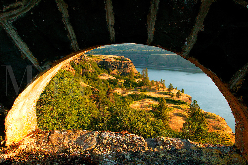 The view through the rock guard rail arch at the Rowena Loops on the Historic Columbia River Highway,  Columbia River Gorge National Scenic Area, Oregon