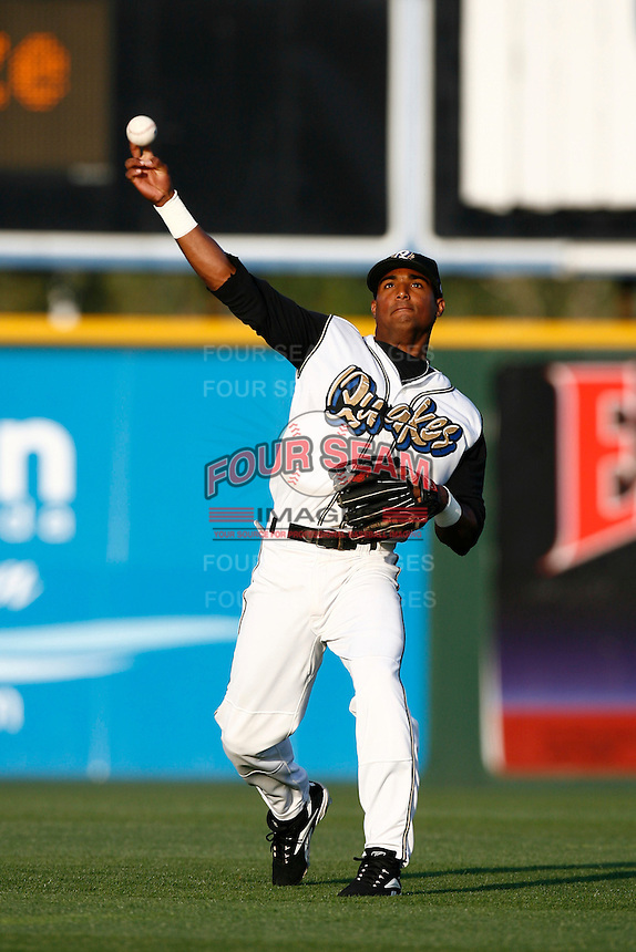 May 26 2007: Hainley Statia of the Rancho Cucamonga Quakes before game against the Bakersfield Blaze at The Epicenter in Rancho Cucamonga,CA.  Photo by Larry Goren/Four Seam Images