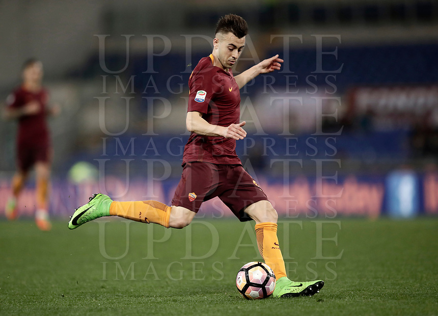 Calcio, Serie A: Roma, stadio Olimpico, 19 marzo, 2017<br /> Roma's Stephan El Shaarawy in action during the Italian Serie A football match between Roma and Sassuolo at Rome's Olympic stadium, March 19, 2017<br /> UPDATE IMAGES PRESS/Isabella Bonotto