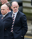 Rangers' Gordon Durie arrives at Mortonhall Crematorium for the funeral of Sandy Jardine.