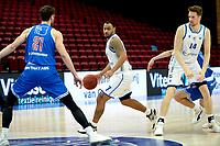 03-04-2021: Basketbal: Donar Groningen v Heroes Den Bosch: Groningen Den Bosch speler Thomas van der Mars, Donar speler Davonte Lacy en Donar speler Thomas Koenis