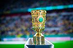 09.08.2019, Merkur Spiel-Arena, Düsseldorf, GER, DFB Pokal, 1. Hauptrunde, KFC Uerdingen vs Borussia Dortmund , DFB REGULATIONS PROHIBIT ANY USE OF PHOTOGRAPHS AS IMAGE SEQUENCES AND/OR QUASI-VIDEO<br /> <br /> im Bild | picture shows:<br /> der DFB Pokal, <br /> <br /> Foto © nordphoto / Rauch