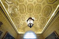 - Palazzo Marino, costruito fra il 1557 ed il 1563, dal 1861 storica sede del Comune di Milano ; Sala delle Tempere<br /> <br /> - Palazzo Marino, built between 1557 and 1563, from 1861 historic home of the Milan Municipality ; room of Temperas