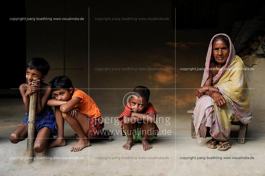 BANGLADESH, Region Madhupur, old muslim woman, Hamida Begun with grand sons