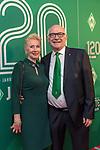 04.02.2019, Dorint Park Hotel Bremen, Bremen, GER, 1.FBL, 120 Jahre SV Werder Bremen - Gala-Dinner<br /> <br /> im Bild<br />  Klaus-Dieter Fischer (Ehrenpraesident Werder Bremen) mit Gattin Anne<br /> <br /> Der Fussballverein SV Werder Bremen feiert am heutigen 04. Februar 2019 sein 120-jähriges Bestehen. Im Park Hotel Bremen findet anläßlich des Jubiläums ein Galadinner statt. <br /> <br /> Foto © nordphoto / Ewert