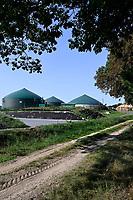 GERMANY, Karow, biogas plant / DEUTSCHLAND, Karow, Biogasanlage von Hersteller Biogas Nord des kommunalen Stromerzeuger MVV