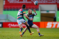 6th February 2021; Mattoli Woods Welford Road Stadium, Leicester, Midlands, England; Premiership Rugby, Leicester Tigers versus Worcester Warriors; Kobus van Wyk of Leicester Tigers chips the ball over Oli Morris of Worcester Warriors