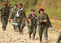 PARAISO - META - COLOMBIA, 05-02-2017: Guerrilleros de las FARC-EP se molvilizan a la zona veredal de El Paraiso, Meta, en Colombia como parte del proceso de dejación de armas y cumplir con los pactos de Paz acordados con el gobierno de Colombia. / Guerrillas of the FARC-EP are molvilized to the veredal zone of El Paraiso, Meta, in Colombia as part of the process of abandonment of arms and to comply with the pacts of Peace agreed with the government of Colombia. Photo: VizzorImage /  Nelson Cardenas - SIG / HANDOUT PICTURE; MANDATORY EDITORIAL USE ONLY/ NO MARKETING, NO SALES