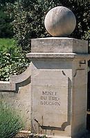 Europe/France/Provence-Alpes-Côte d'Azur/84/Vaucluse/Menerbes: Entrée du musée du tire-bouchon