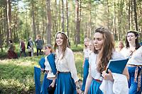 Estland, Insel Naissaar, Choere, Nargen Gesangs-Festival, <br /> <br /> Engl.: Europe, the Baltic, Estonia, Naissaar island, first Naissaar Song Celebration, song festival, culture, choirs, women, 28 June 2014<br /> <br />     Sieben herausragende Accapella-Choere aus Estland singen Lieder mit Bezug auf das Meer und geben auch schon einen kleinen Vorgeschmack auf das Repertoire des grossen Saengerfeste in Tallinn.
