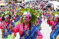 PASTO- COLOMBIA, 3-01-2018:Segundo día de los carnavales de Blancos y Negros en el sur del país , en la foto una de las integrantes de Los Colectivos Coreográficos ./ Second day of the Blancos  and Negros carnivals in the south of the country, in the photo one of the members of The Choreographic Collectives .Photo: Vizzorimage / Leonardo Castro  / Contribuidor