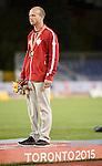 Alex Dupont, Toronto 2015 - Para Athletics // Para-athlétisme.<br /> Alex Dupont receives his gold medal for the Men's 800m T54 Final // Alex Dupont reçoit sa médaille d'or pour la finale du 800 m T54 masculin. 12/08/2015.