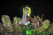 Imperatriz Leopolinense Samba School, Carnival, Rio de Janeiro, Brazil, 26th February 2017. Float carrying the Indians from the Alto Xingu Indigenous Park. Tafukumã Kalapalo and Jakalo Kuikuro.